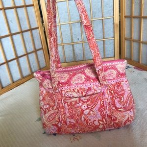 Quilted Vera Bradley shoulder bag